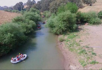 קייקים בנהר הירדן
